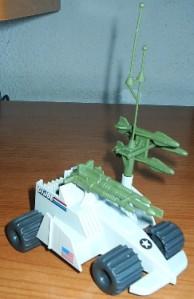 JOE_V_S01_89-B Robot Tri-blaster